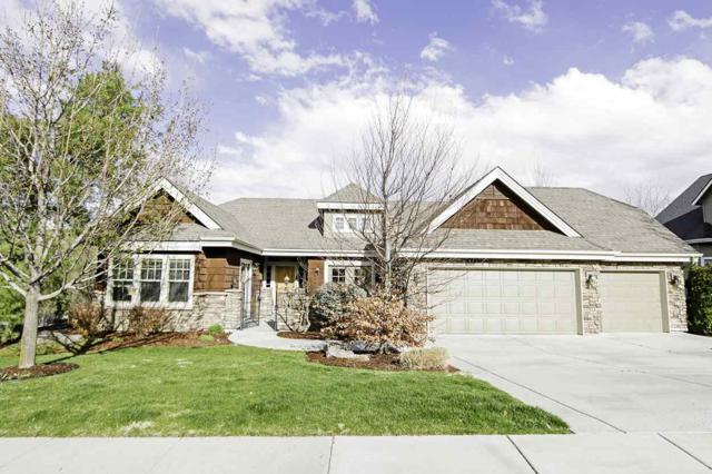 4762 N Villa Ridge Way, Boise, ID 83703 (MLS #98687867) :: Zuber Group