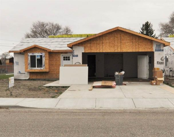 638 Oakley Ave, Burley, ID 83318 (MLS #98688223) :: Zuber Group