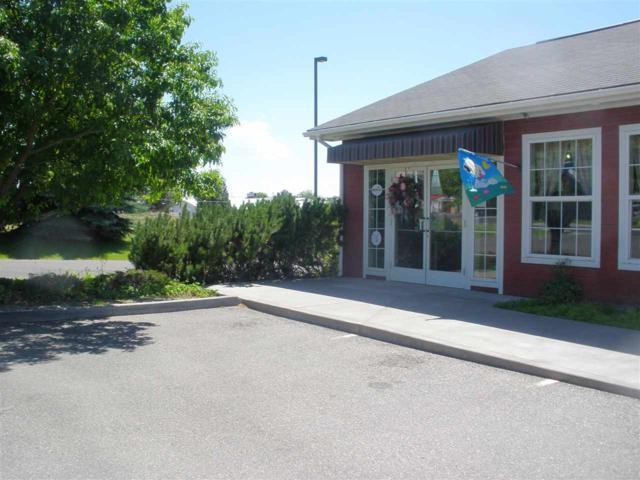 1667 Locust St N, Twin Falls, ID 83301 (MLS #98688886) :: Build Idaho