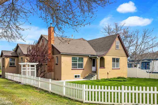 906 E Locust, Emmett, ID 83617 (MLS #98689155) :: Jon Gosche Real Estate, LLC