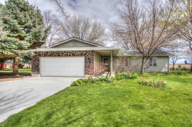 6718 Hillview Road, Emmett, ID 83617 (MLS #98689165) :: Jon Gosche Real Estate, LLC