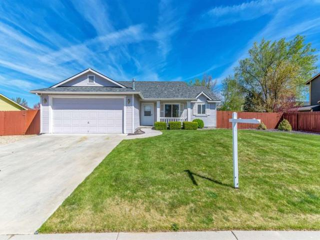 1010 W Nugget St, Kuna, ID 83634 (MLS #98689560) :: Synergy Real Estate Services at Idaho Real Estate Associates