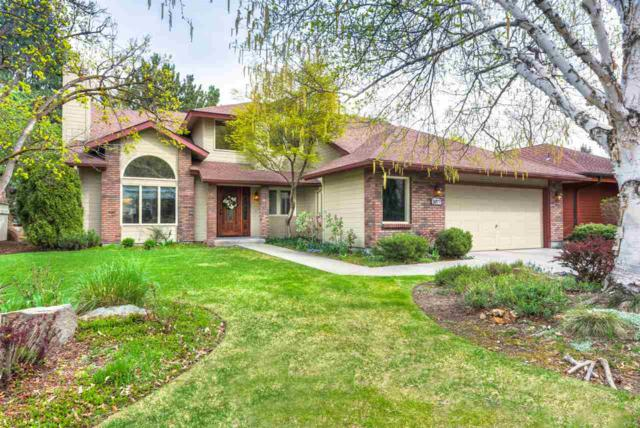 2077 S White Pine Ln, Boise, ID 83706 (MLS #98689833) :: Givens Group Real Estate