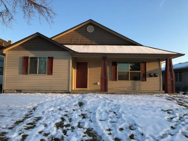 620 10th Avenue South, Nampa, ID 83651 (MLS #98689929) :: Zuber Group