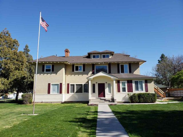 108 18th Ave S., Nampa, ID 83651 (MLS #98690053) :: Zuber Group