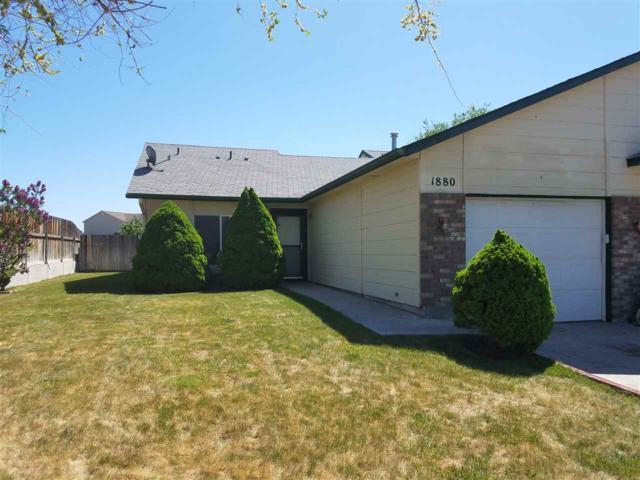 1880 N 14th E, Mountain Home, ID 83647 (MLS #98691642) :: Juniper Realty Group