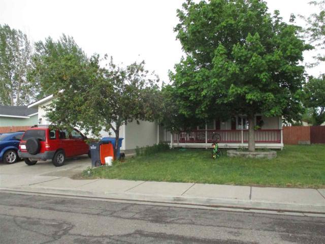 1760 N Blake St, Twin Falls, ID 83301 (MLS #98692370) :: Juniper Realty Group