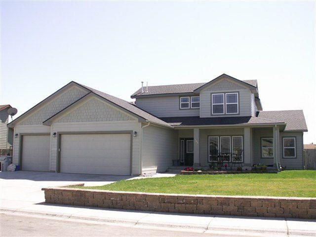 165 NE Windy, Mountain Home, ID 83647 (MLS #98692624) :: Juniper Realty Group