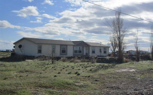 6903 SW Old Grandview Hwy, Mountain Home, ID 83647 (MLS #98693206) :: Zuber Group