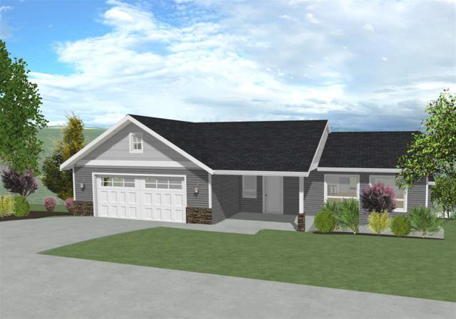 775 Indian Hills Drive, Moscow, ID 83843 (MLS #98693485) :: Full Sail Real Estate