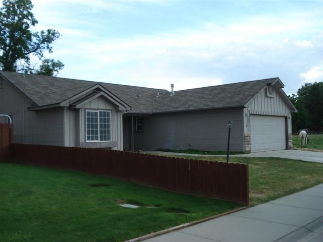 712 W Apache, Emmett, ID 83617 (MLS #98693643) :: Boise River Realty
