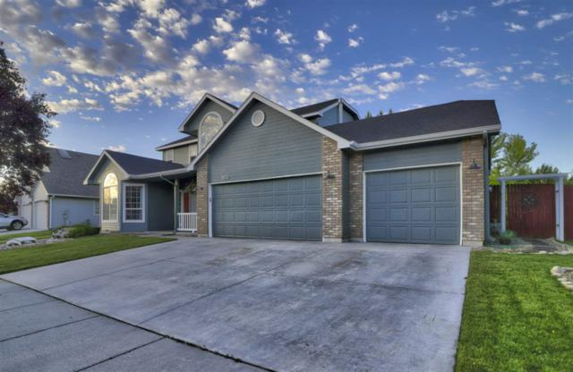2899 E Indian Creek, Meridian, ID 83642 (MLS #98694381) :: Jon Gosche Real Estate, LLC