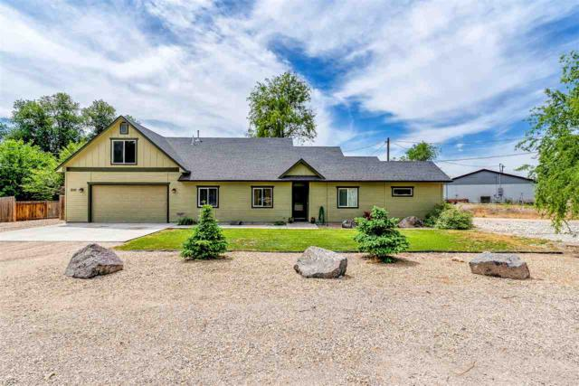 210 East Mcconnell, Parma, ID 83660 (MLS #98694580) :: Full Sail Real Estate