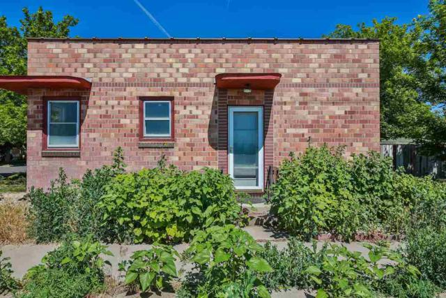 302 3rd Avenue West, Twin Falls, ID 83301 (MLS #98694972) :: Jon Gosche Real Estate, LLC