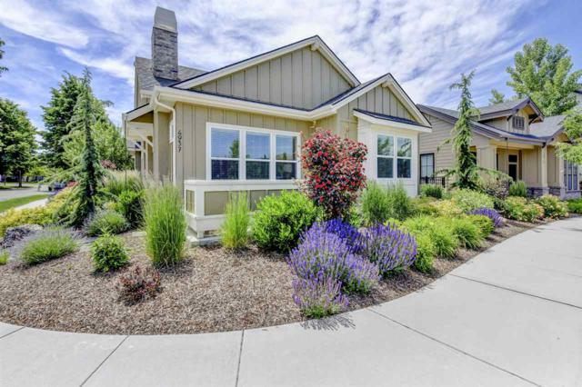 4937 E Woodcarver Dr, Boise, ID 83716 (MLS #98695377) :: Givens Group Real Estate