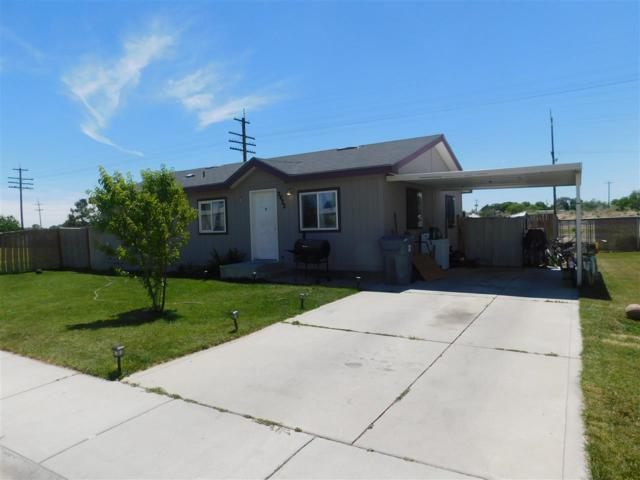 2422 Red Robin Way, Caldwell, ID 83605 (MLS #98696277) :: Jon Gosche Real Estate, LLC
