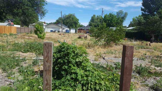 518 15th Ave S., Nampa, ID 83651 (MLS #98696316) :: Broker Ben & Co.