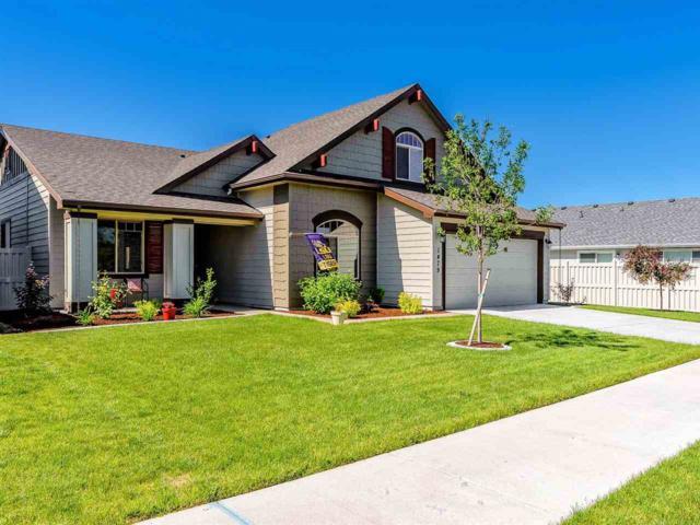 1479 W Sagwon Dr, Kuna, ID 83634 (MLS #98696353) :: Build Idaho