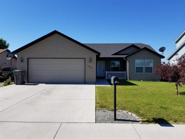 1403 Lauren Lane, Filer, ID 83328 (MLS #98696595) :: Jon Gosche Real Estate, LLC