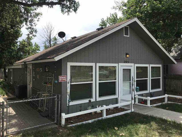 205 E King St., Meridian, ID 83642 (MLS #98696847) :: Jon Gosche Real Estate, LLC
