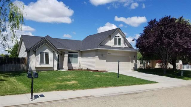 20105 Cabot Ave, Caldwell, ID 83605 (MLS #98696868) :: Zuber Group