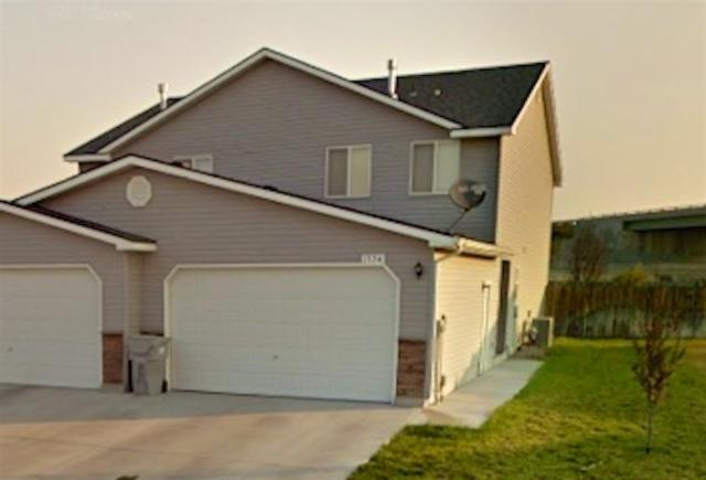 1724 NE Cinder Loop, Mountain Home, ID 83647 (MLS #98697121) :: Jon Gosche Real Estate, LLC