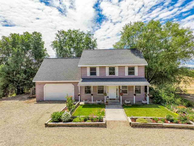 25742 Tracy St, Middleton, ID 83644 (MLS #98697254) :: Boise River Realty