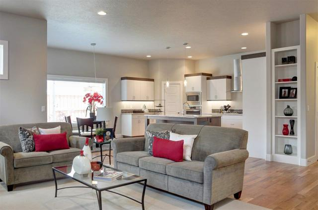 312 S Hullen Ave, Star, ID 83669 (MLS #98697749) :: Jon Gosche Real Estate, LLC