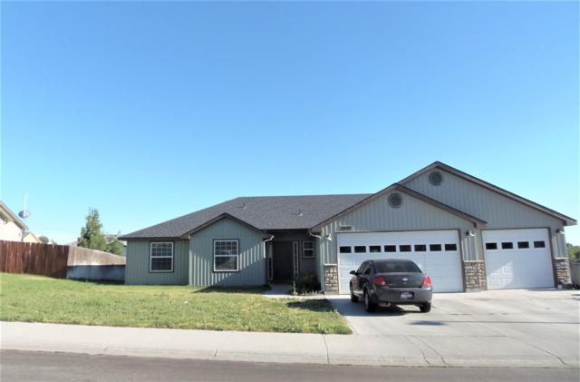 1541 NE Bedrock, Mountain Home, ID 83647 (MLS #98699312) :: Jon Gosche Real Estate, LLC