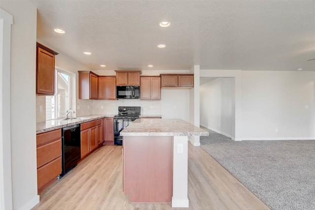 10567 Hackberry Ct., Nampa, ID 83687 (MLS #98699636) :: Broker Ben & Co.