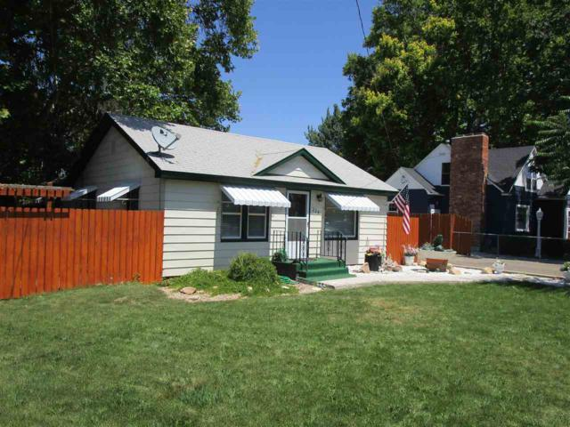 228 Davis, Nampa, ID 83651 (MLS #98699974) :: Boise River Realty