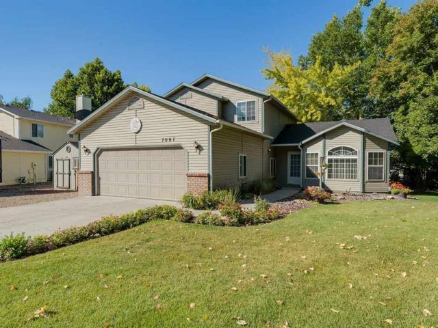 7007 Parkway Ln, Nampa, ID 83687 (MLS #98700334) :: Keller Williams Realty Boise