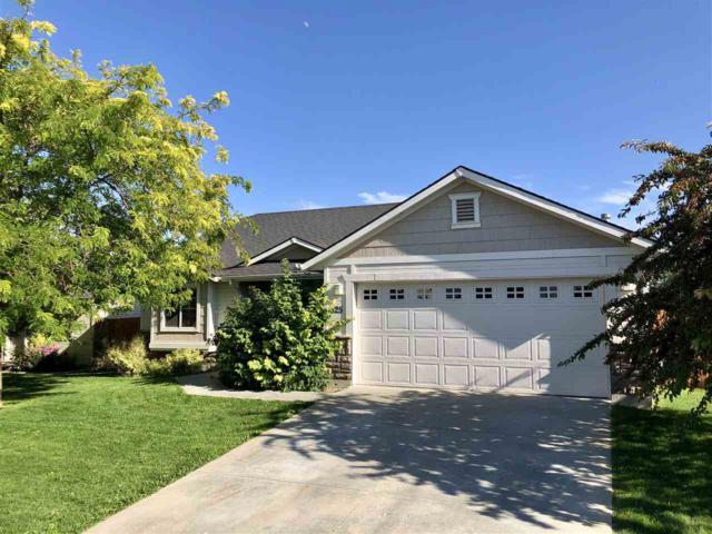 825 W Piersol, Nampa, ID 83686 (MLS #98700758) :: Jon Gosche Real Estate, LLC