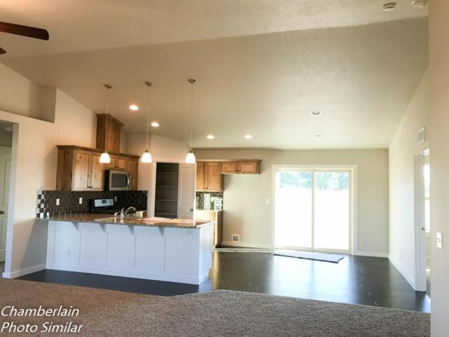 2026 Kelly Drive, Payette, ID 83661 (MLS #98701047) :: Zuber Group