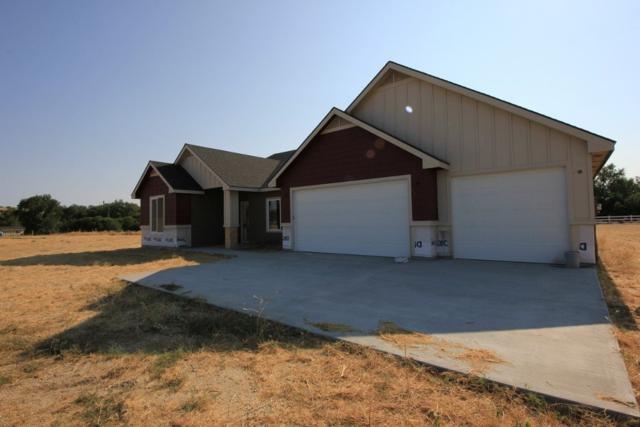 27394 Warren Lane, Wilder, ID 83676 (MLS #98701429) :: Full Sail Real Estate