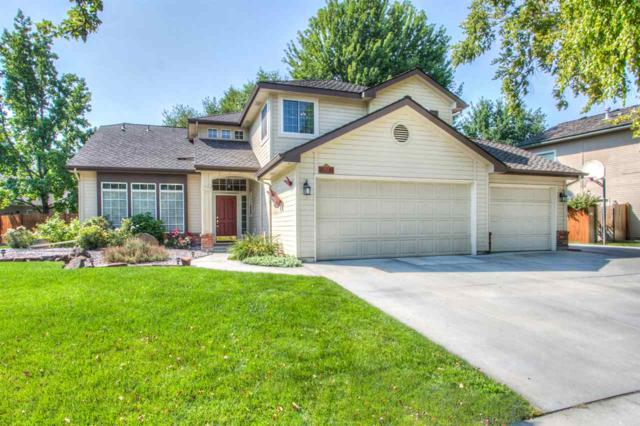 8007 W Scardale Ct, Boise, ID 83704 (MLS #98701915) :: Full Sail Real Estate