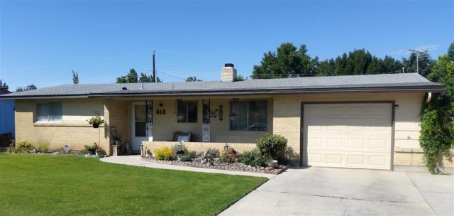 818 Meadowview Drive, Nampa, ID 83651 (MLS #98701992) :: Full Sail Real Estate