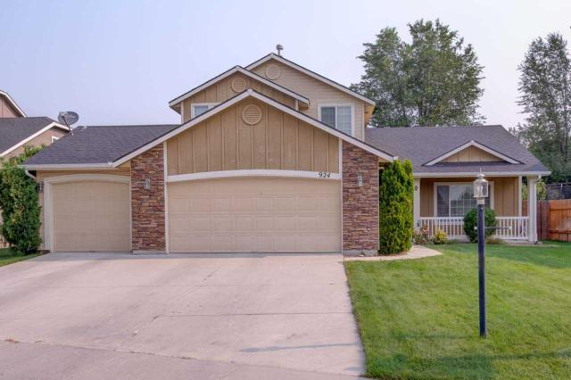 924 E Stormy Drive, Meridian, ID 83646 (MLS #98701996) :: Team One Group Real Estate