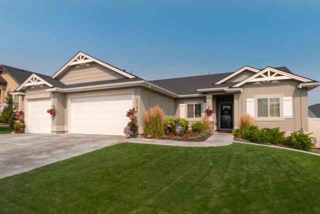 3194 N Cherry Laurel Way, Star, ID 83669 (MLS #98702477) :: Build Idaho