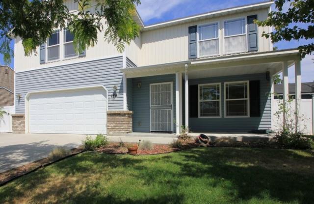 188 E Poplin, Kuna, ID 83634 (MLS #98702595) :: Boise River Realty