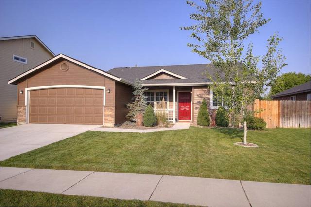 529 N Evelyn Way, Star, ID 83669 (MLS #98703047) :: Boise River Realty