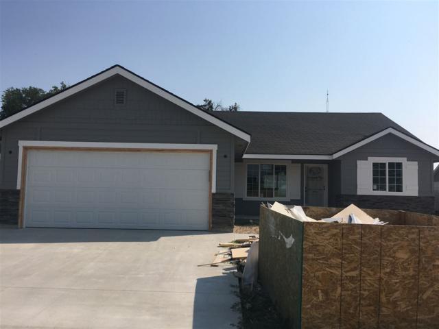 904 Donna Court, Parma, ID 83660 (MLS #98703146) :: Build Idaho