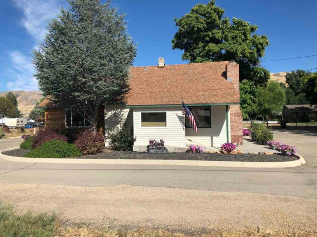 407 Highway 55, Horseshoe Bend, ID 83629 (MLS #98703291) :: Team One Group Real Estate