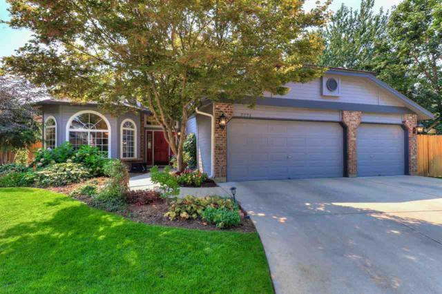 7771 W Bayhill St., Boise, ID 83704 (MLS #98703383) :: Zuber Group