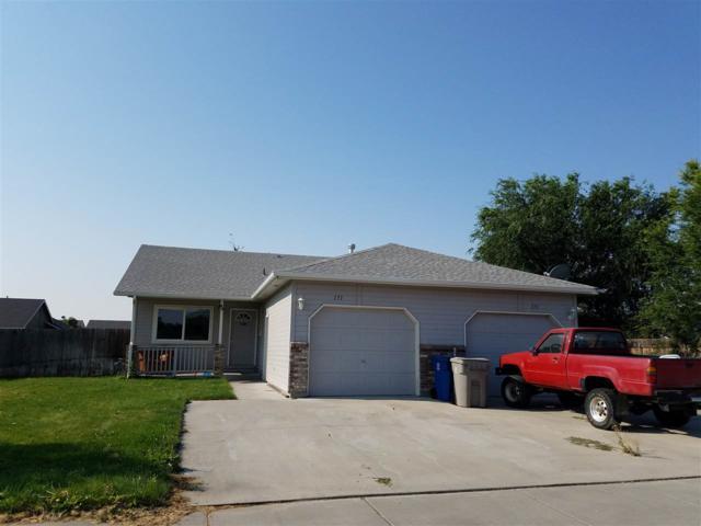 171-173 NE Narrows, Mountain Home, ID 83647 (MLS #98703452) :: Zuber Group