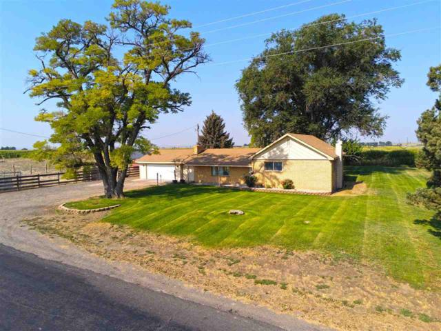 3003 S 1700 E, Wendell, ID 83355 (MLS #98703524) :: Full Sail Real Estate