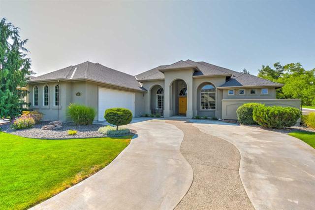 1509 W Oakhampton Dr, Eagle, ID 83616 (MLS #98703674) :: Givens Group Real Estate