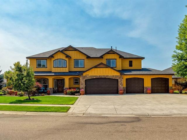 2727 W Lost Rapids Drive, Meridian, ID 83646 (MLS #98703734) :: Givens Group Real Estate
