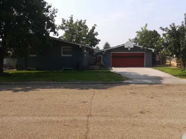 216 Crestline, Caldwell, ID 83605 (MLS #98703837) :: Team One Group Real Estate