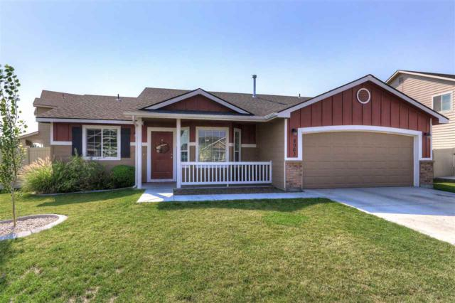 8963 S. Pinova Ave, Kuna, ID 83634 (MLS #98703839) :: Boise River Realty